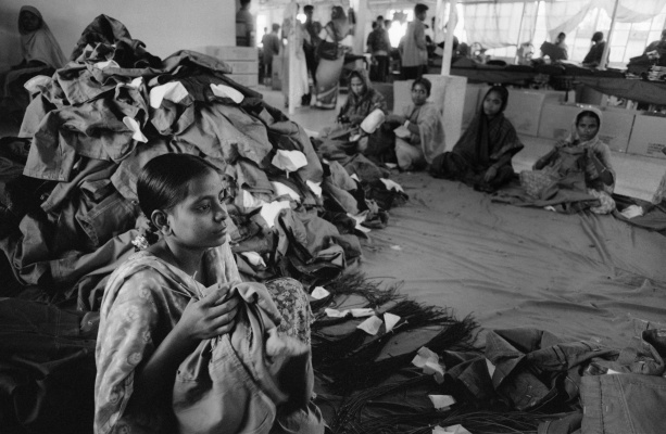 the role of consumers in closing sweatshops Nike is one of the business world's shining examples of how to clean up an image: in the 1990s, the company was plagued by reports that it.