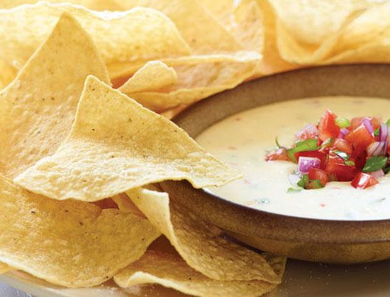 How to make applebees queso blanco dip