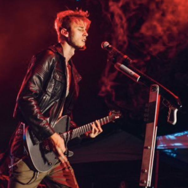 PETITION for MGK to start a punk/rock/metal side project